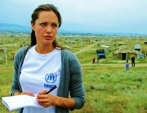 angelina-jolie_tomb_raider_humanitarian_UNHCR_united_nation_un_opt1